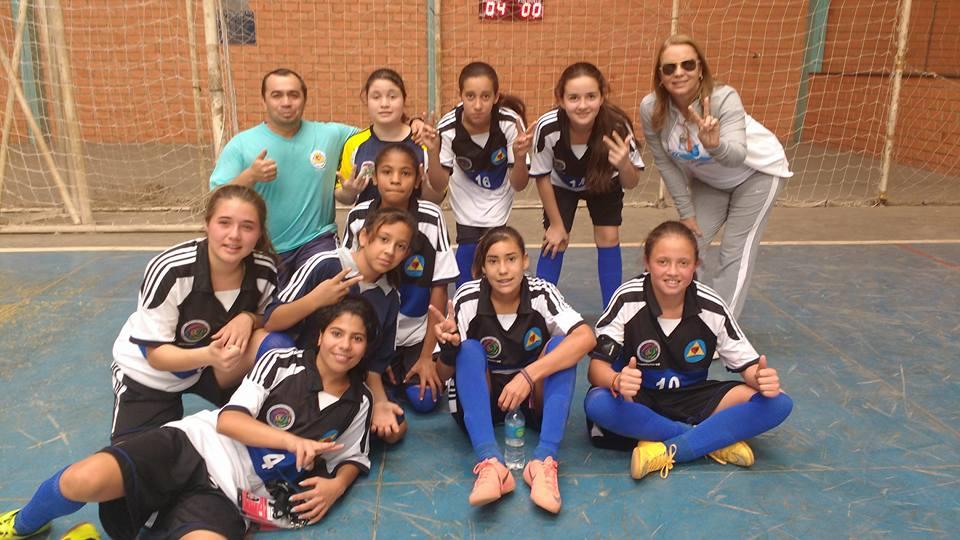 Escola Lurdes Penna é vice campeã nos Jogos Escolares  6adae1c7f7a96